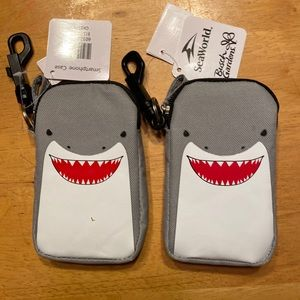 Lot of 2 - Shark carrying bags